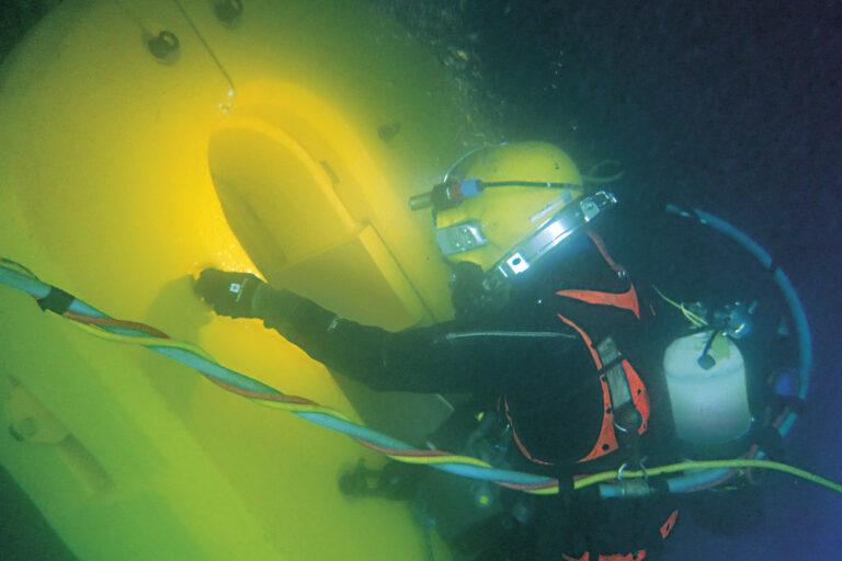 Underwater propeller repairs